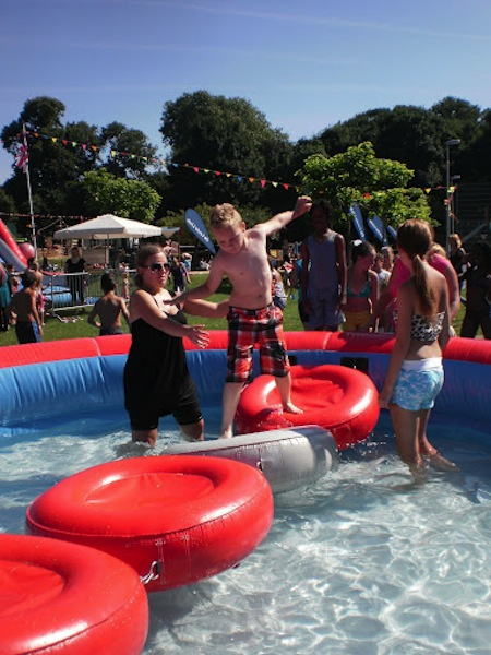 Zwembad incl loopmat zeskamp attractieverhuur timtom - Strand zwembad zonder grenzen ...